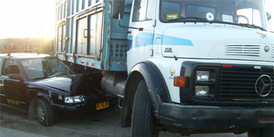Accidente vehicular en calle Felix Eicher