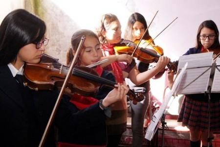 Jóvenes de Orquesta Clásica de Laja recibieron Master Class con prestigiosos músicos del Municipal