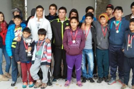 Canotaje de la Escuela de Deportes Municipal lajina logra segundo lugar en regional