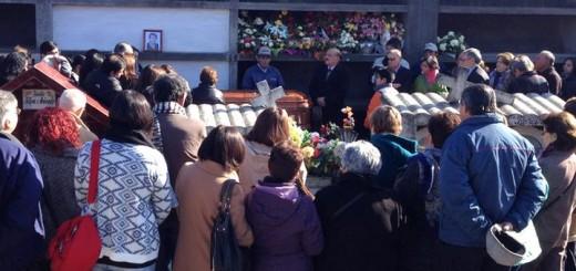 Funerales / Zinnia Fernández Arriagada