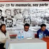"""Libro de Javier Rebolledo """"A la sombra de los cuervos"""" fue presentado en San Rosendo"""