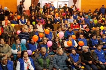 Adultos Mayores de la comuna realizaron caminata en su Día Internacional