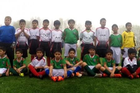 Niños lajinos pertenecientes a talleres de fútbol son parte de actividad en Nacimiento