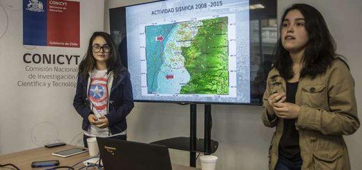 Alumnas de Liceo Santa Cruz de Laja viajaron a Feria Intel de Ciencia en Phoenix