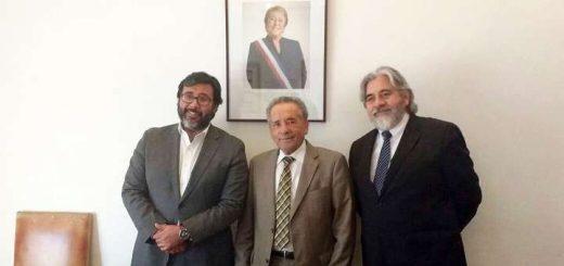 Alcalde lajino sostiene reuniones en Santiago por temas de seguridad y viviendas