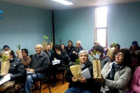 Adultos mayores participan de actividades contra el maltrato y conocen ordenanza medioambiental