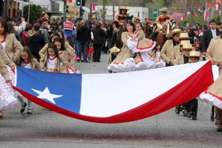Laja celebra Fiestas Patrias con desfile cívico