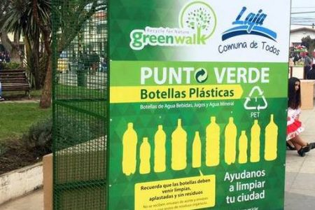 Alcalde Pinto firmó convenio para recuperar botellas plásticas
