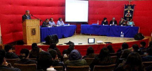 Primer foro panel de exposición de propuestas desarrolla liceo lajino con candidatos al Concejo Municipal