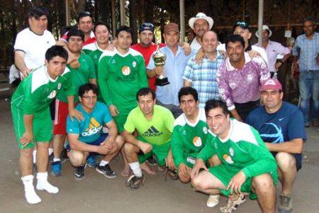 Dos equipos alzaron la copa en la segunda versión de torneo de fútbol campesino en Puente Perales