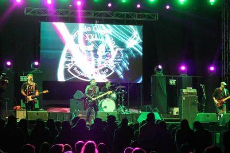 Rock de los ochenta marcó primera jornada de Festival en Laja
