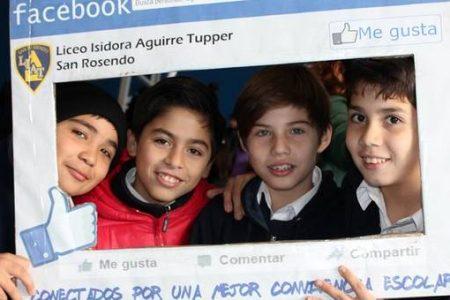 Día de la Convivencia Escolar tuvo una expo en gimnasio municipal de San Rosendo