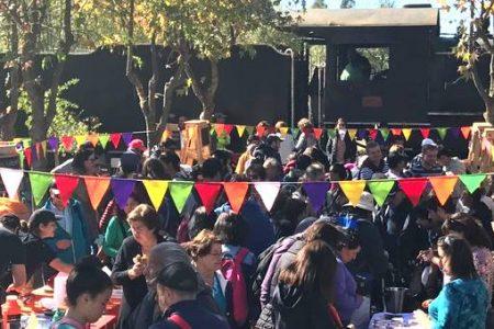 Turistas del Tren del Otoño visitan San Rosendo y Laja