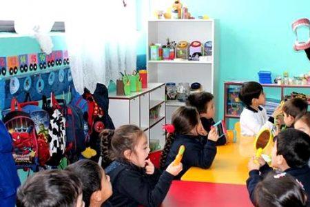 Realizan charlas educativas en el marco del programa Salud Bucal de Junaeb