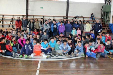 Niñas y niños disfrutaron de tardes recreativas y deportivas en sus vacaciones de invierno