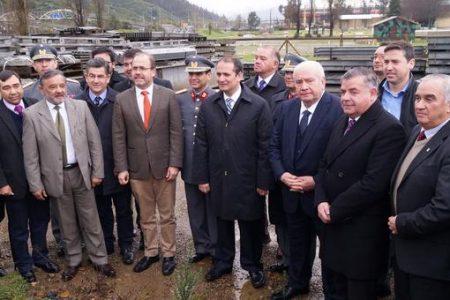 Concretan traspaso de puente mecano usado tras terremoto del 2010 para mejorar conectividad en 31 puntos de la región